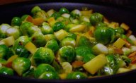 Sauteed Brussels Sprouts with Apple